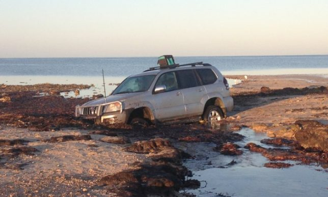 4WD bogged at Thompson Beach