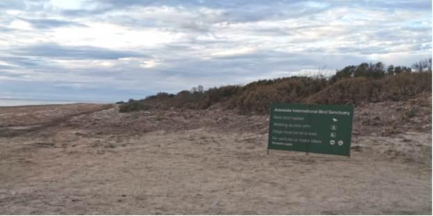Beach ramp sign